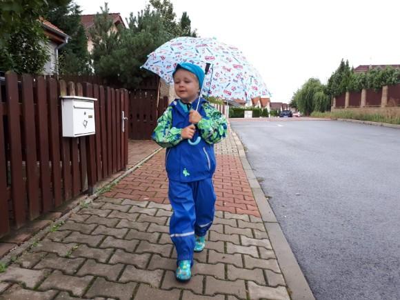 Kluk s deštníkem