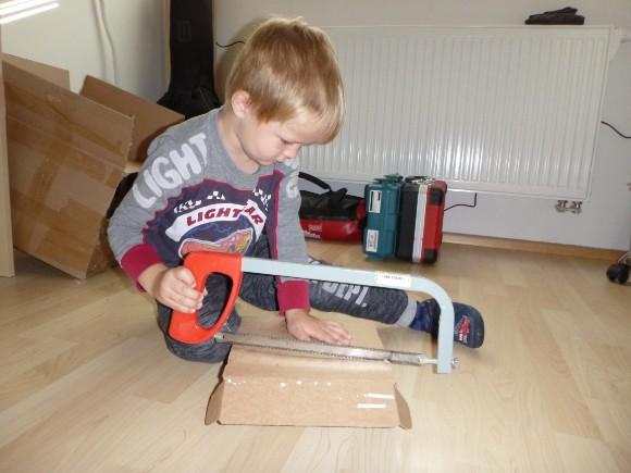 Jak jsme stavěli poličkovník